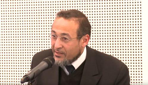 Les questions de la Sharia, de la référence au prophète et de la pratique